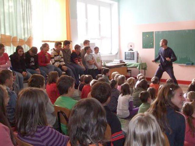 Predstava Rođenje u Srbiji